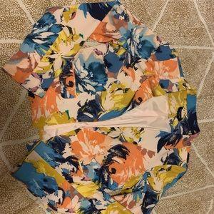 Bebe floral blazer